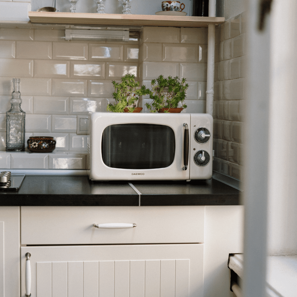 Image of a microwave in a kitchen
